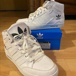 Men's Adidas High Top Sneakers Size 8